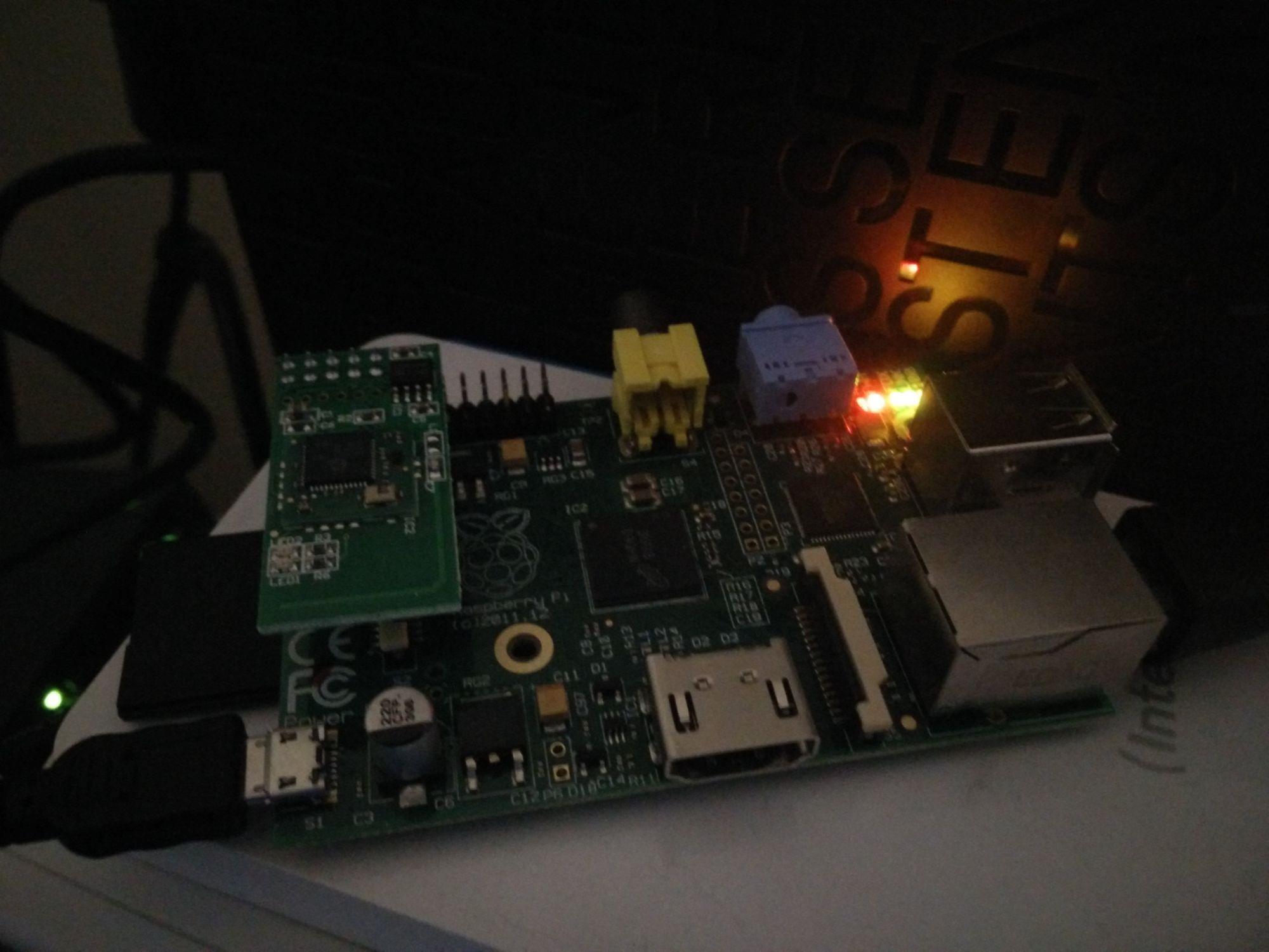 Le module RaZberry monté où il m'a semblé manquer un condensateur